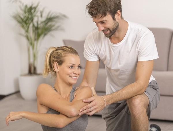 10 avantages prendre un coach sportif toutpourlesfemmes. Black Bedroom Furniture Sets. Home Design Ideas